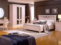 Спальные гарнитуры для загородного дома