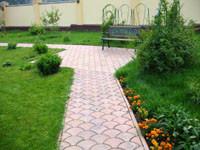 f20110518100327-trotuar