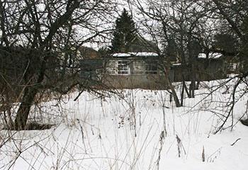 Земельный участок 6 соток, со строением, 64 км от МКАД по Дмитровскому шоссе, г. Дмитров