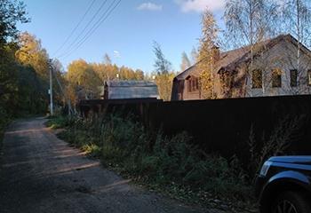 Земельный участок 8 соток, со строением, 53 км от МКАД по Дмитровскому шоссе, д. Иванцево