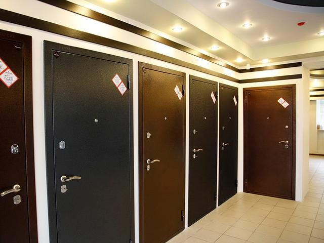 Стальные двери для недвижимости в Твери и на земельном участке по Дмитровскому шоссе