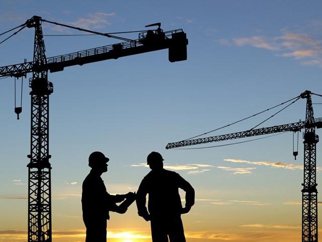 Сайт www.nado-v-sro.ru предлагает вступить в СРО строительной организации, планирующей застройку земельного участка по Дмитровскому шоссе